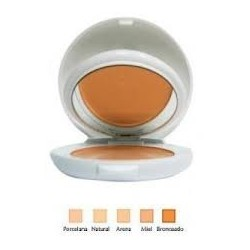 Couvrance Avene Compacta Oilfree Natural
